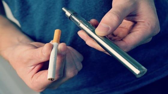 Is vaping addictive; Smoking vs Vaping