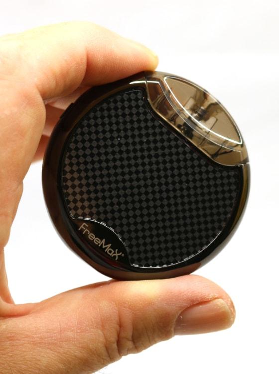 Maxpod Circle Full Image Held